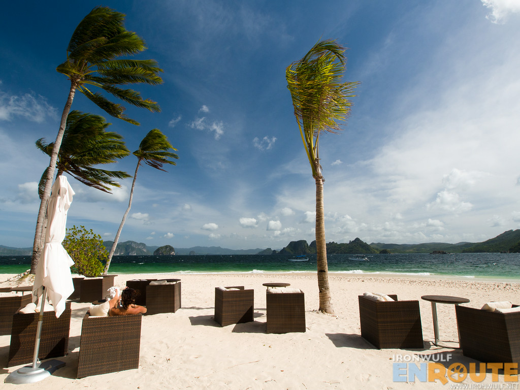 A luxury beach at Pangulasian El Nido
