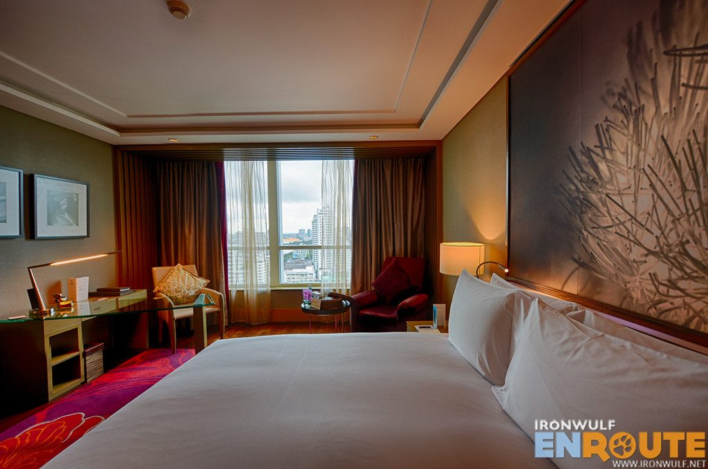 The luxury king room at Sofitel Bangkok Sukhumvit